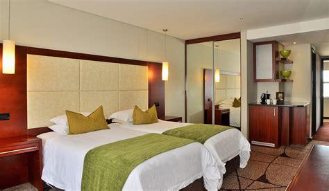 standard rooms premier hotel el icc east london