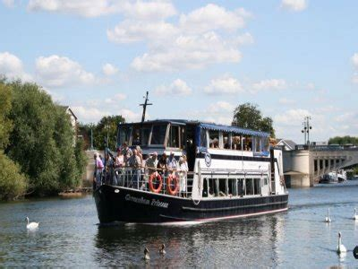 thames river cruise for 2 boat trips in reading boat charters in reading