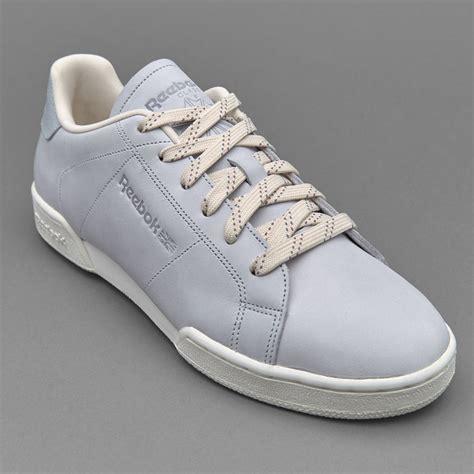 Sepatu Boot Reebok sepatu sneakers reebok womens npc ii ne matte shine cloud grey