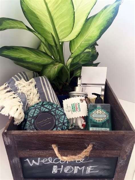 housewarming gifts ideas best 25 first home gifts ideas on pinterest