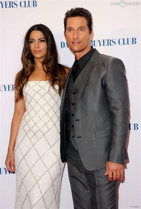 Camila Alves diz que Matthew McConaughey não é romântico
