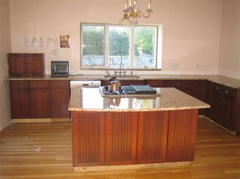 cherry kitchen cabinets buying guide cherry cabinets cherry kitchen cabinets with granite