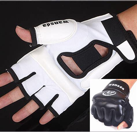 Sarung Tangan Taekwondo kulit setengah jari melawan sarung tinju sarung tangan