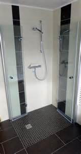 duschen fliesen fishzero begehbare dusche fliesen verschiedene
