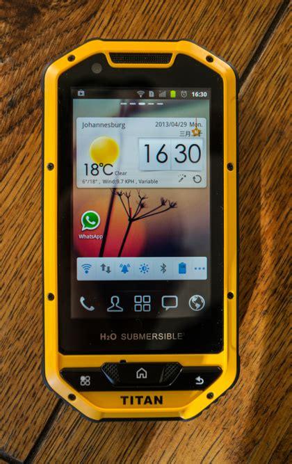 titan smartphone  econet  quick specs  thoughts techzim