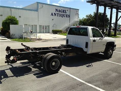 sell used chevy silverado 3500 cab and chassis 137 quot wb 1