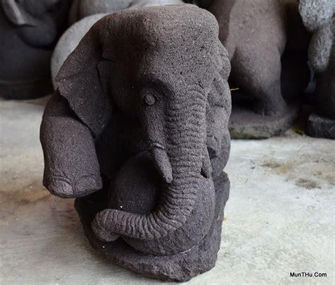 Batu Akik Gambar Gajah Duduk berbagai patung dari batu alam gunung merapi aka batu