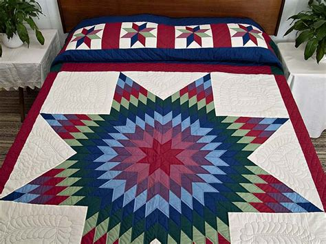 Amish Lone Quilt by Lone Quilt Splendid Meticulously Made Amish Quilts