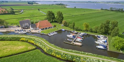 watersport in nederland de hoek watersport boot verhuur en alle bootverhuurders