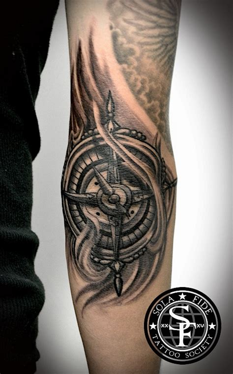 compass tattoo on elbow elbow compass tattoo sola fid 233 tattoo society