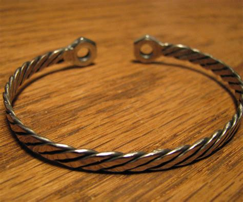 steel bracelet 6 steps with pictures