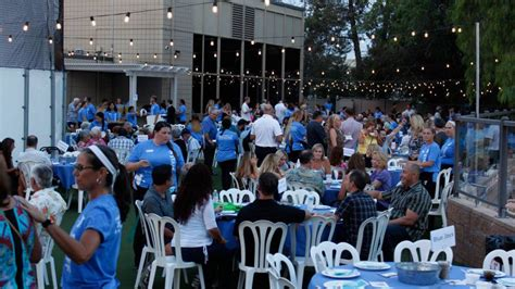 28th Annual Big Feast by Fullerton Ymca Hosts 28th Annual Crab Feast And Auction To