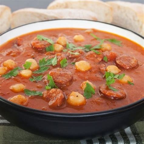 recette de cuisine en espagnol recette soupe espagnole au chorizo tomates et pois chiches