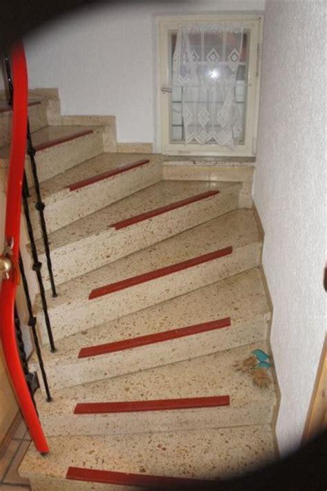 Flur Mit Holztreppe Gestalten by Flur Diele Flur Treppenaufgang Wir Haben Dieses Haus