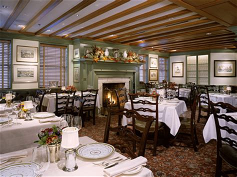 Country dining room lighting