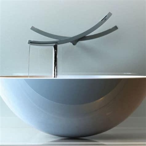 risparmio acqua rubinetto il rubinetto seesaw garantisce il risparmio dell acqua