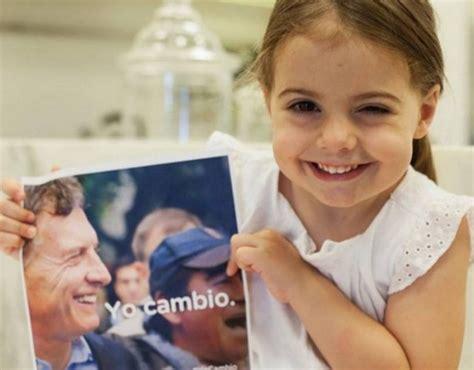 imagenes de macri en la epoca de los militare juliana awada la primera dama argentina y las otras
