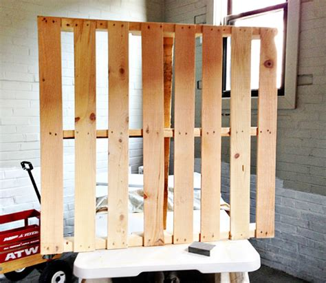 Build My House Online Diy Pallet Tv Stand
