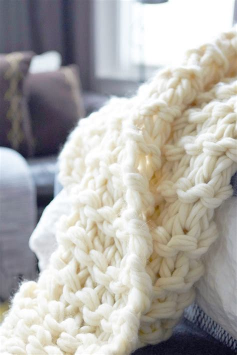 Arm Knit Chunky Blanket by Arm Knit Blanket Tutorial And Giveaway Flax Twine