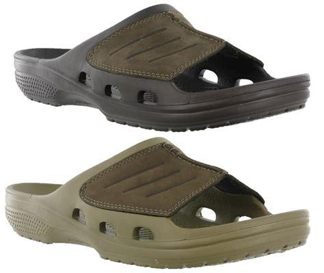 mens comfortable sandals crocs yukon mesa slide walking comfort leather uppers mens
