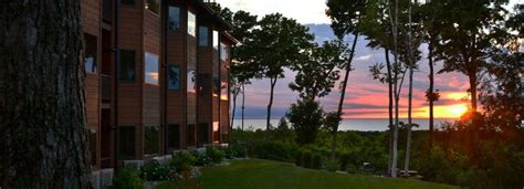 Landmark Hotel Door County by 1000 Ideas About Door County Lodging On