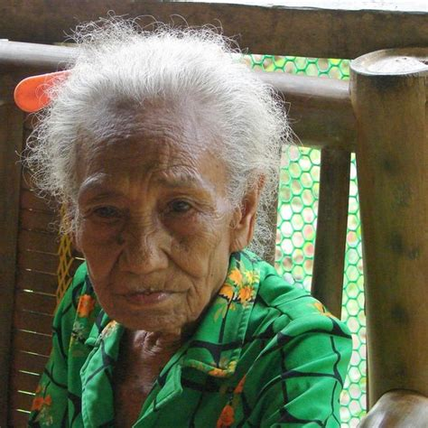 best look for eighty year old what will be will be 80 year old woman of the ati people