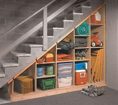 etagere sous escalier quel meuble sous escalier choisir escalier stf