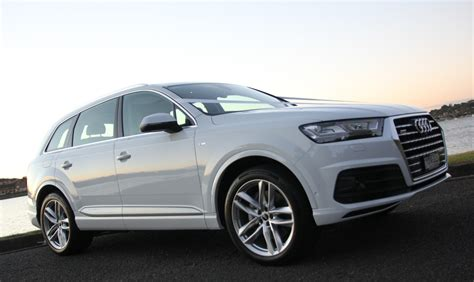 Audi Baureihen by White Audi Q7 Hire Hire Audi Suvs For Special Occasions