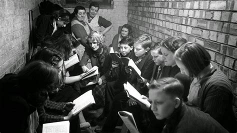 old picz children during world old snapshots of british schoolchildren during world war ii vintage everyday
