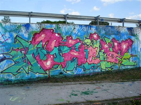 spray paint zagreb inboxed chez zagreb croatia spraydaily