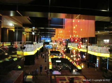 hotel main floor picture of golden nugget atlantic city