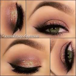 Eyeshadow Gold gold gold and
