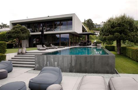 moderne häuser villa formstarkes haus in erlenbach sweet home