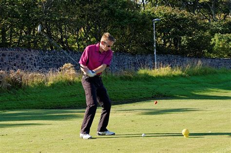 golf swing errors improve your golfing technique by avoiding these common