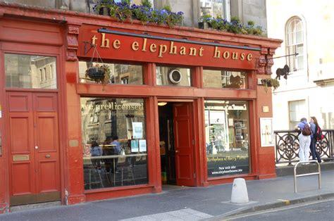 elephant house edinburgh a journey around scotland a day in the old town of edinburgh