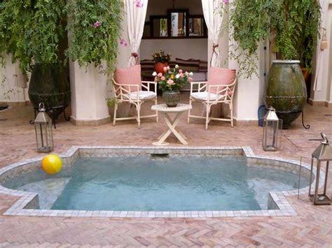 splash pool ideas 25 best ideas about spool pool on pinterest small yard