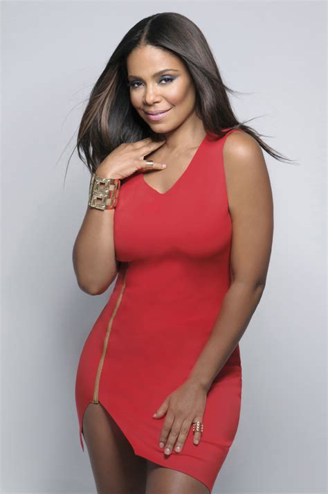 sanaa lathan sanaa lathan covers the indulge in fashion issue of