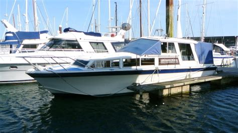 freeman boats for sale ebay freeman 33 boat with twin diesel engines ideal live aboard