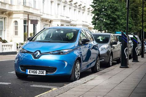 ecclestone can t save renault renault zoe offers make it an electric car bargain