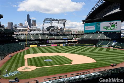 seattle map safeco field topgolf brings new pop up crush to safeco field