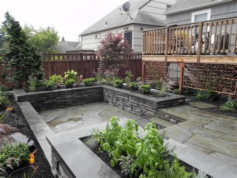 Small Gardens Landscaping Ideas Landscaping Ideas For A Small Space Modern Garden