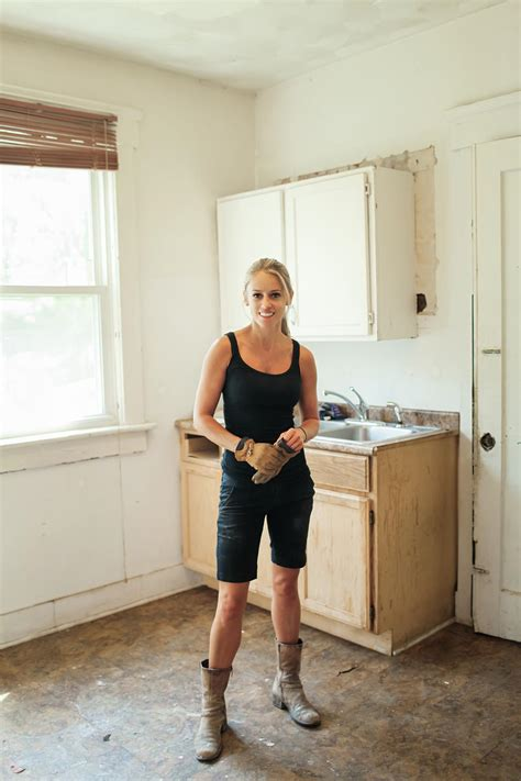 hgtv rehab addict hgtv s rehab addict akron nicole curtis lebron james