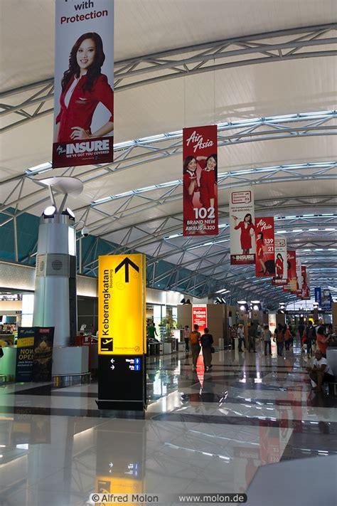 airasia terminal jakarta jakarta airport hall airasia terminal photo modern