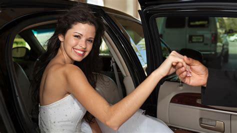 prom limo hire prom limousine hire nottingham derby leicester ace