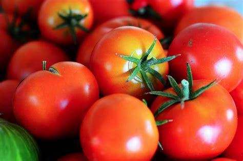 alimenti utili alla prostata alimentazione corretta mangiare cibi crudi 232 sbagliato