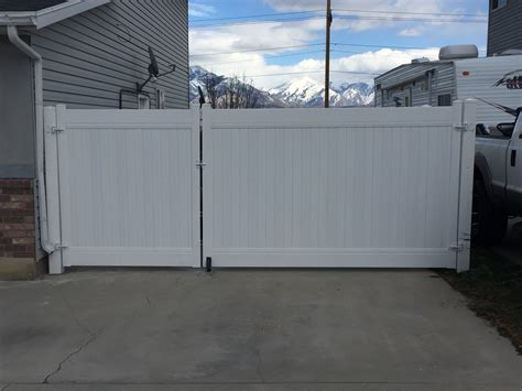 12 Foot Vinyl Gate by Steel Framed Vinyl Gates From Crown Vinyl Fence Syracuse
