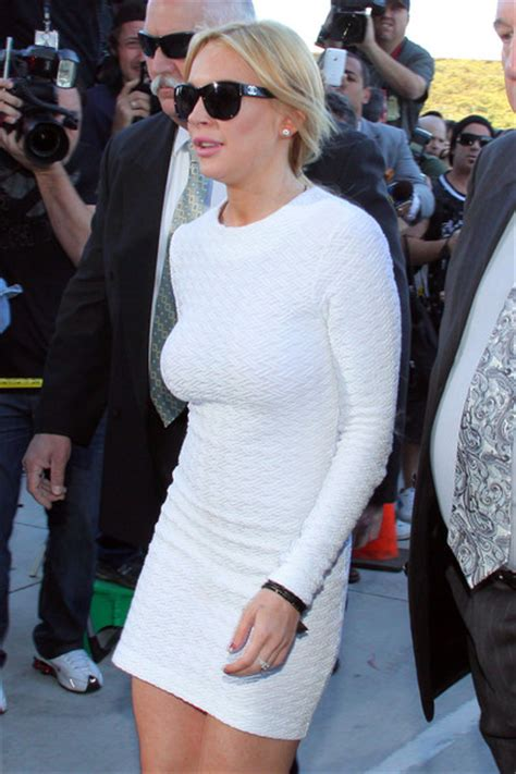 Lindsay Lohan In A White Dress by Lindsay Lohan At A Courthouse Zimbio