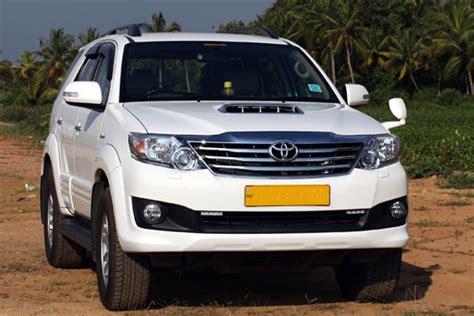 toyota big cars suv car rental delhi toyota innova big cars taxi