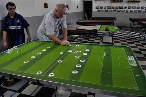 costruire tavolo subbuteo futebol de mesa ovvero il subbuteo brasiliano il flaviante