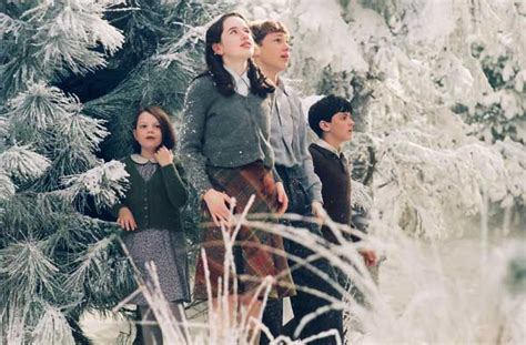 film lion the witch and wardrobe amazon com the chronicles of narnia the lion the witch